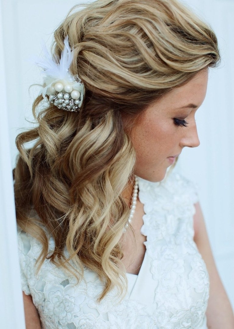 Ideas Stunning Wedding Hairstyles For Medium Length Bridal Hair Down Pertaining To Famous Bridal Hairstyles For Medium Length Thin Hair (Gallery 1 of 15)