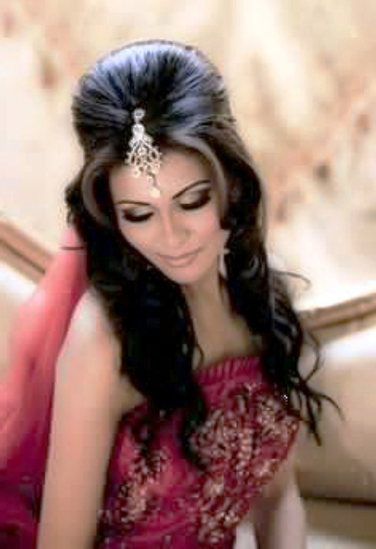 Indian Wedding Hairstyles For Short Hair And Round Face Archives Throughout Well Known Wedding Hairstyles For Short Hair And Round Face (View 8 of 15)