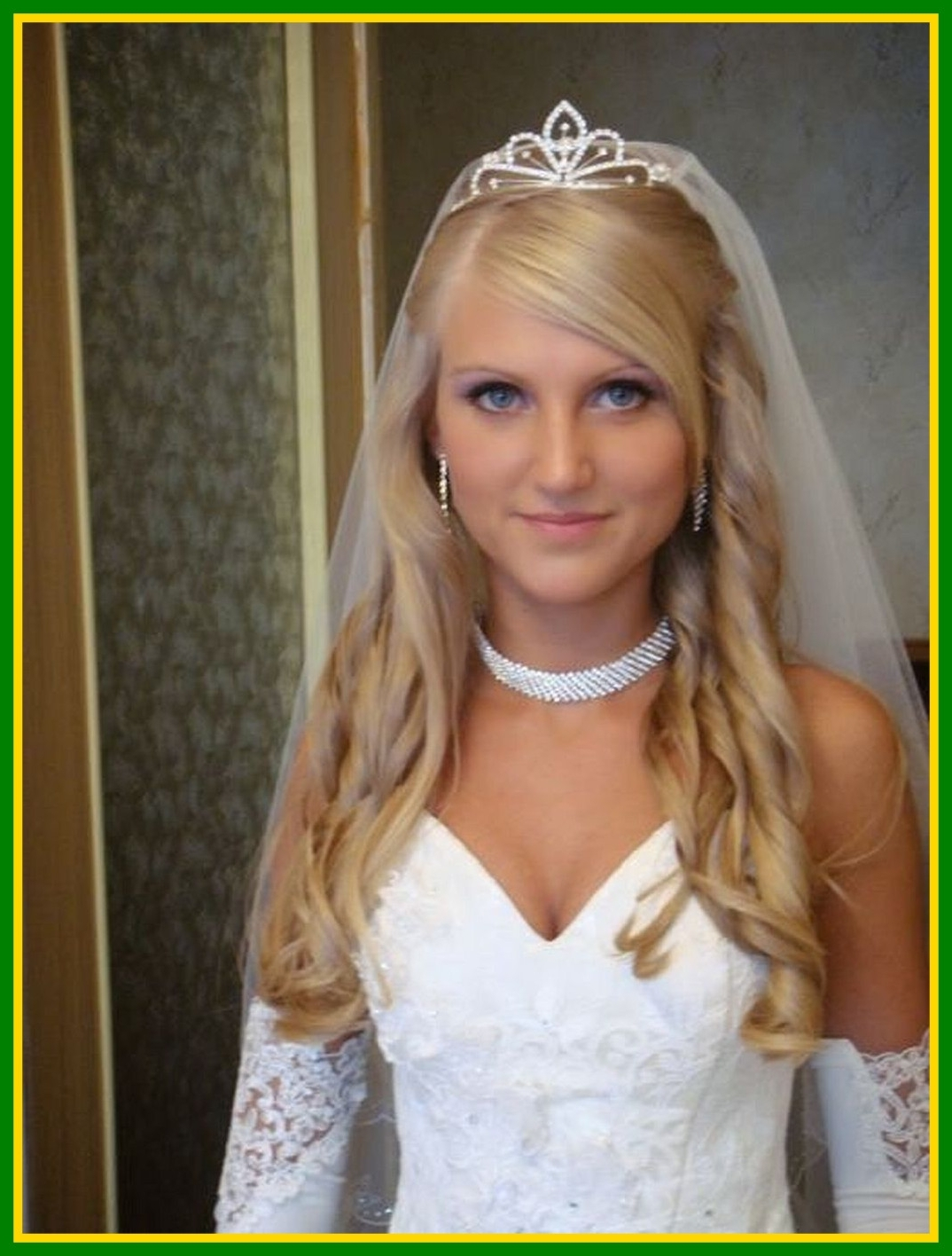 Inspiring Wedding Hair Down With Veil Ideas And Pict For Hairstyles For Well Known Wedding Hairstyles With Tiara And Veil (View 5 of 15)