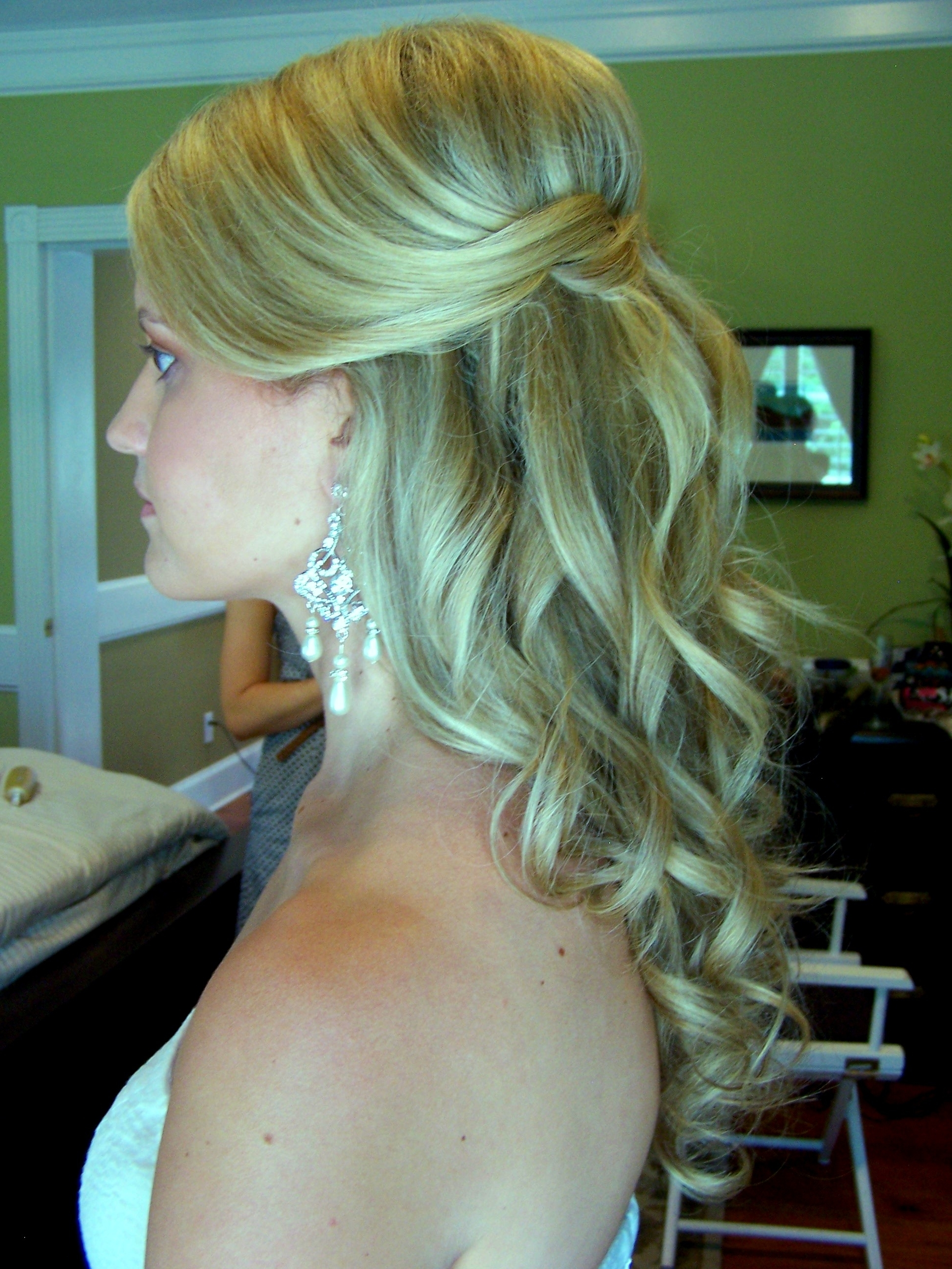 Justswimfl Regarding Famous Half Up Half Down Wedding Hairstyles For Medium Length Hair With Fringe (View 6 of 15)