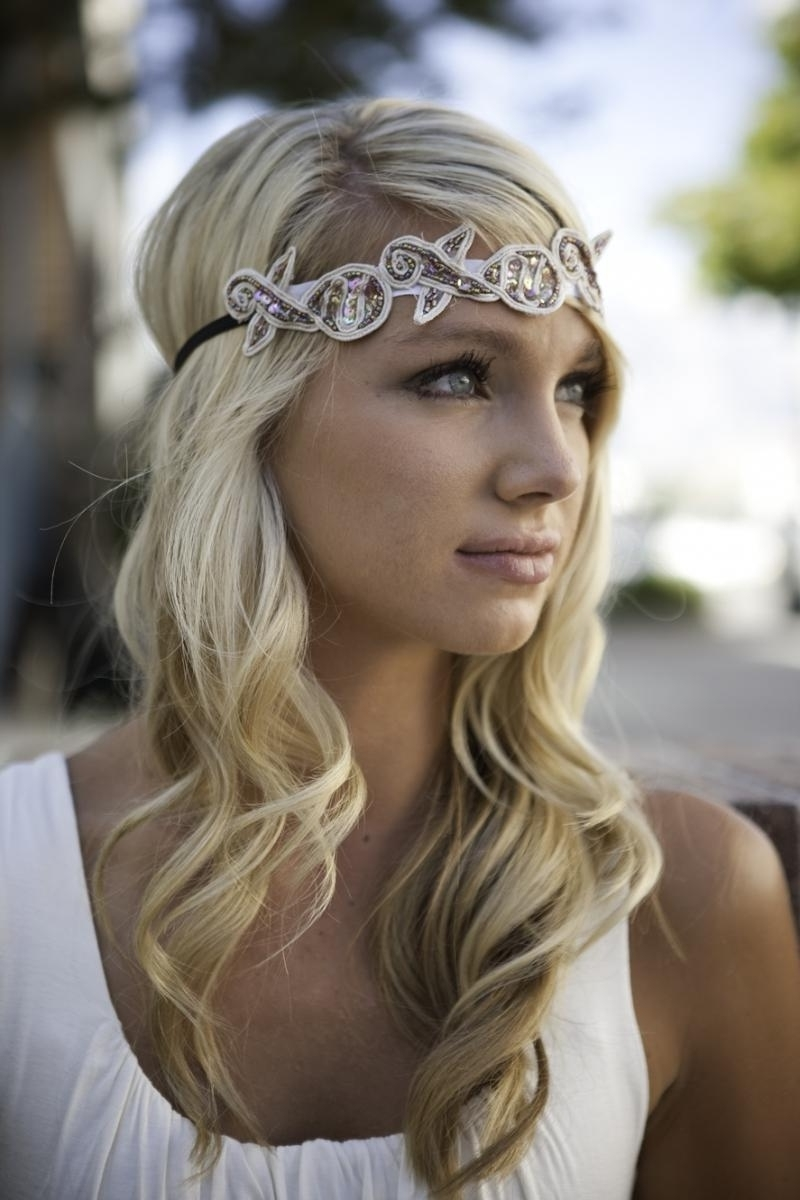 Latest Wedding Hairstyles Down With Headband Inside 25 Most Coolest Wedding Hairstyles With Headband – Haircuts (View 6 of 15)