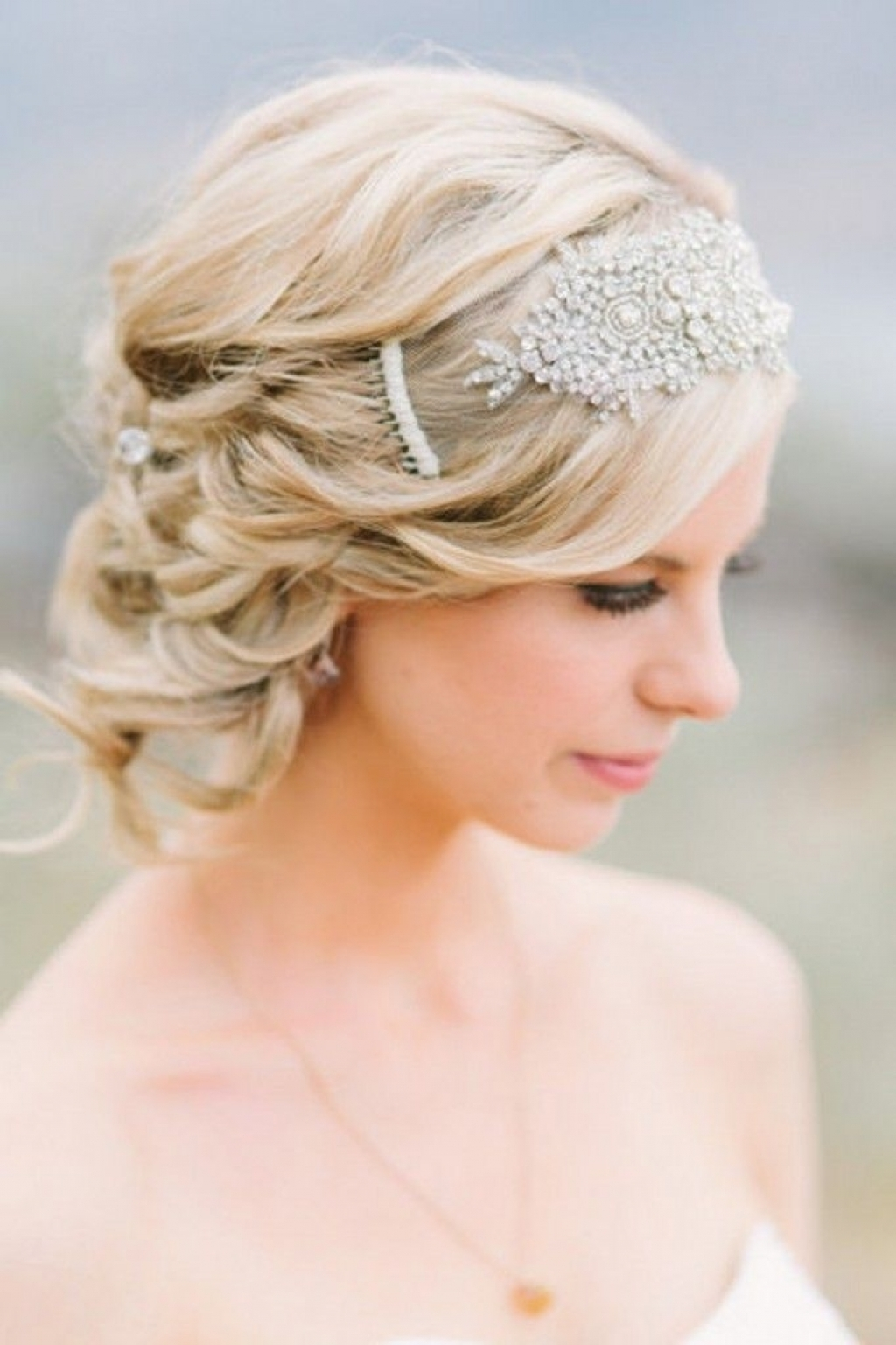 Latest Wedding Hairstyles For Short Hair For Bridesmaids Intended For Ideast Bob Hairstyles For Wedding Guest Curly Guests Bride Black (Gallery 11 of 15)