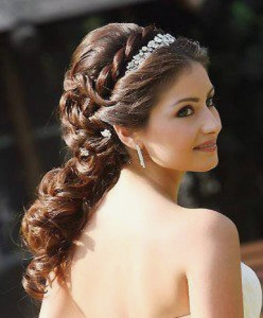 Latest Wedding Hairstyles With Headband Regarding Wedding Hairstyles : Best Long Wedding Hairstyles With Headband (View 10 of 15)
