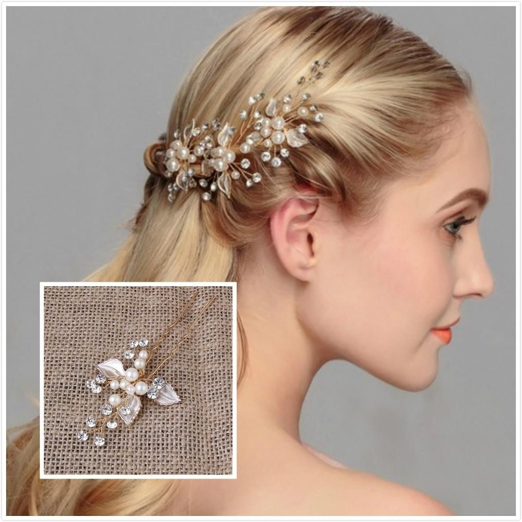 Lovely Wedding Hair Decoration Exquisite Wedding Hair Jewelry Pearls Pertaining To Best And Newest Wedding Hairstyles With Hair Jewelry (View 11 of 15)