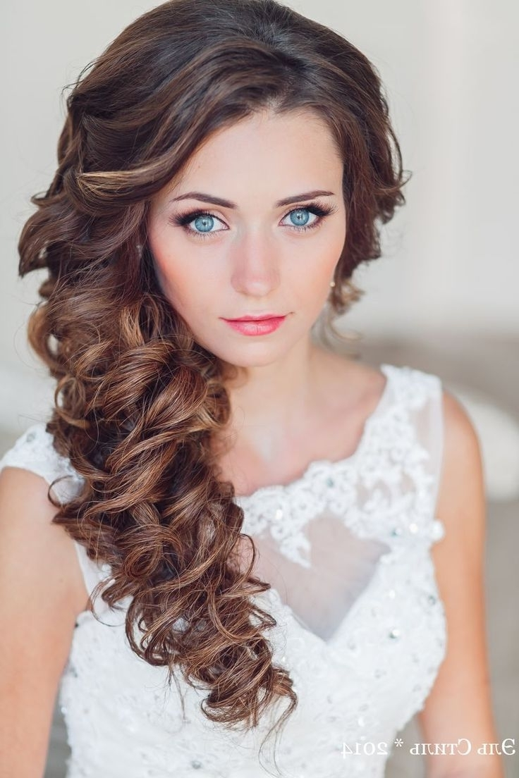 Makeup Hair Blonde Bold Lip Eyeshadow Remarkable Beautiful Throughout Most Current Wedding Hairstyles For Long Wavy Hair (View 3 of 15)