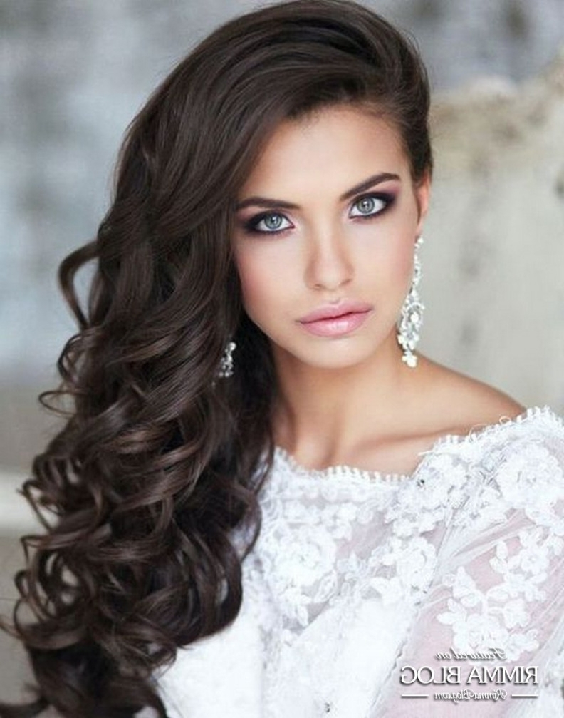 Most Current Curls To The Side Wedding Hairstyles Intended For Simple Bridal Side Swept Curl Hairstyle For Long Hair – Rimmablog (View 7 of 15)