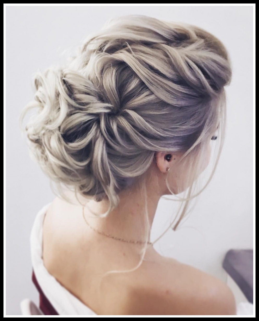 Most Current Updo Wedding Hairstyles For Long Hair Within Astonishing Gorgeous Feminine Wedding Hairstyles For Long Hair Updos (View 4 of 15)