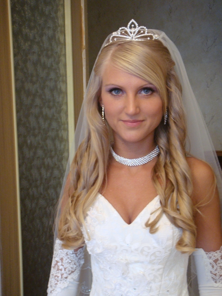 Most Popular Wedding Hairstyles With Tiara With Bridal Long Wedding Hairstyles With Tiaras (View 15 of 15)