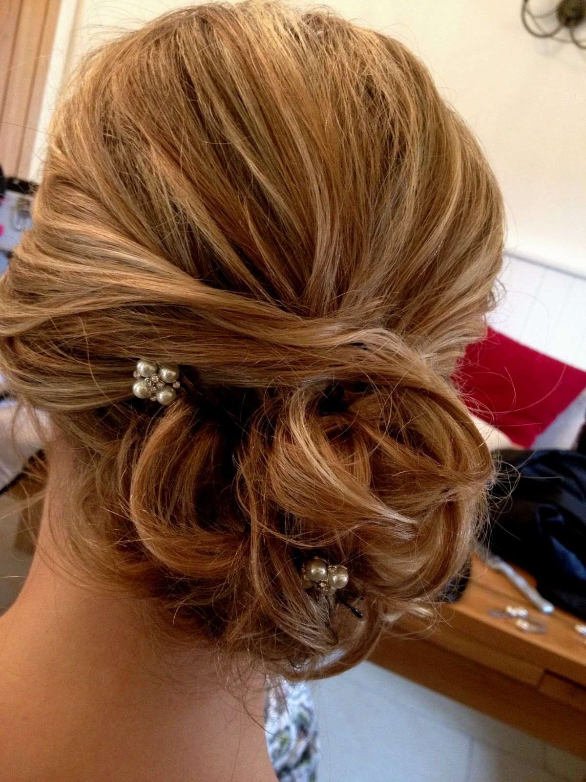 Most Recent Loose Bun Wedding Hairstyles With Bridesmaid Hairstyles Loose Bun (View 12 of 15)