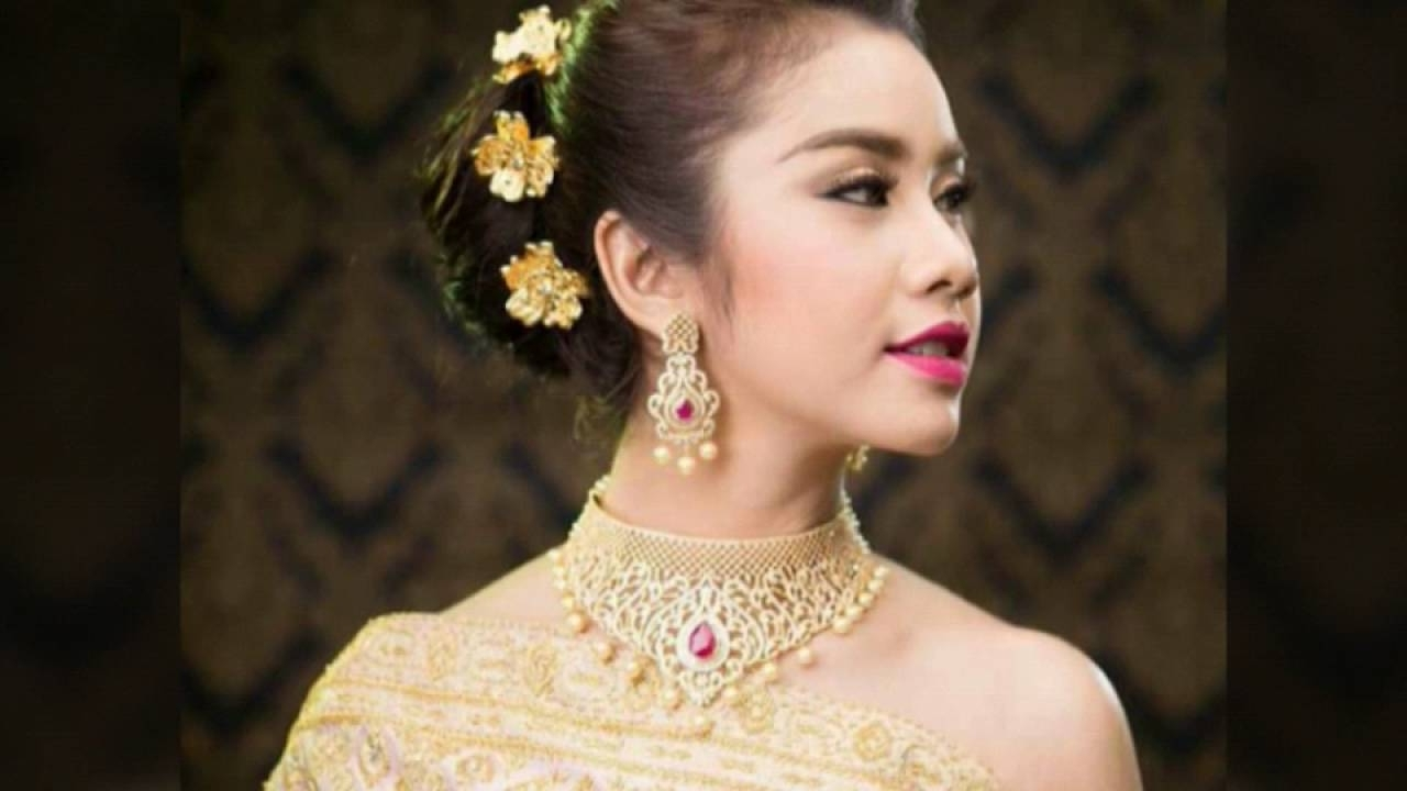 Most Recently Released Khmer Wedding Hairstyles Regarding Cambodian (View 9 of 15)