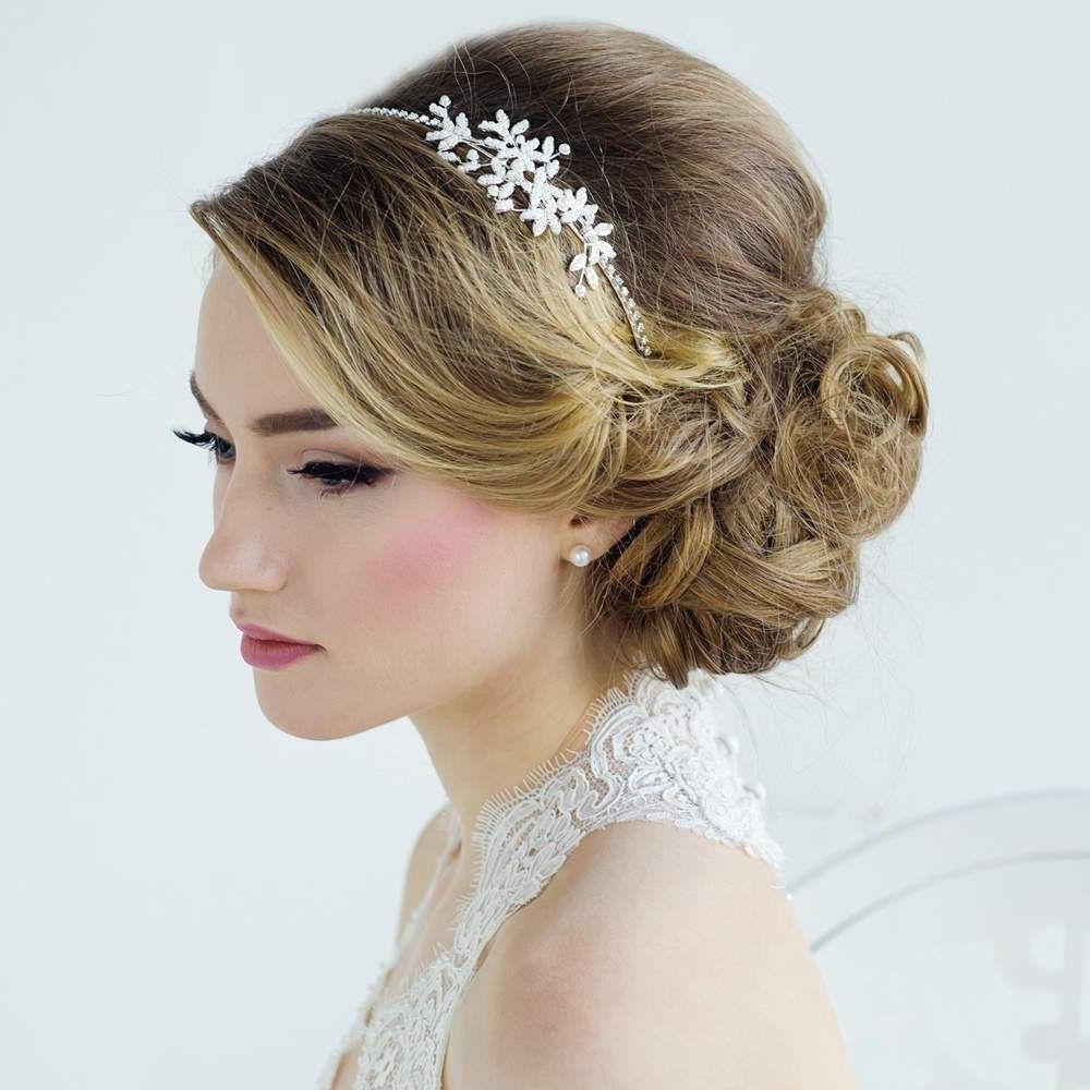 Most Recently Released Tiara Wedding Hairstyles In Bruidskapsel,tiara, Diadeem, Bruidssieraden, Sieraden Bruid (View 9 of 15)