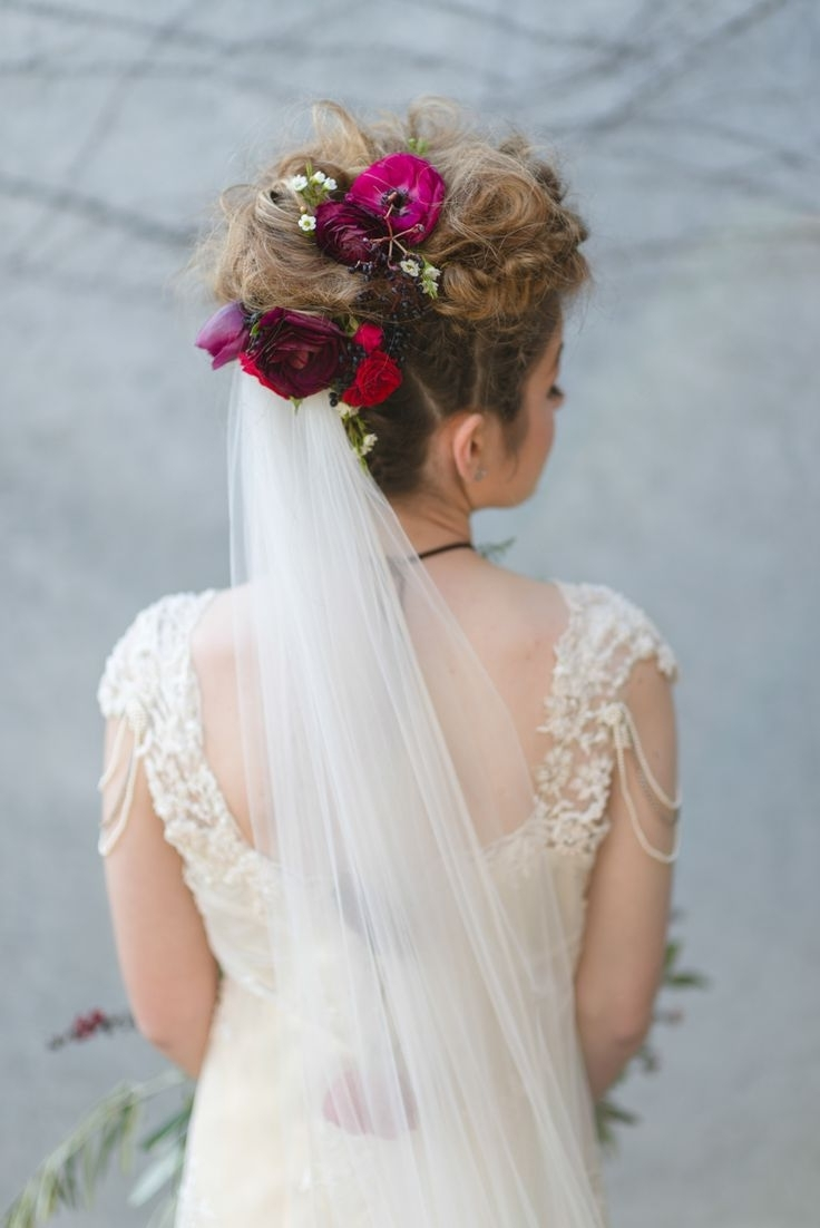 Most Recently Released Updos Wedding Hairstyles With Veil Regarding 492 Best Vintage Bridal Hair Dos Images On Pinterest (View 7 of 15)