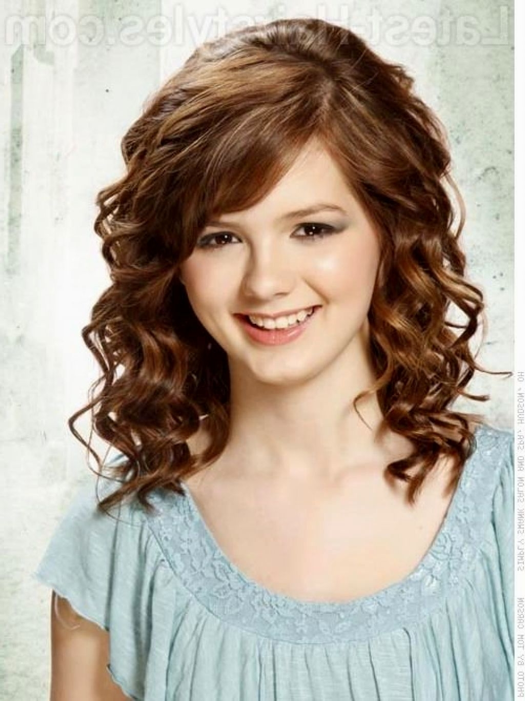 Newest Curly Medium Length Hair Wedding Hairstyles Regarding Best Curly Wedding Hairstyles For Medium Length Hair Pictures (View 8 of 15)