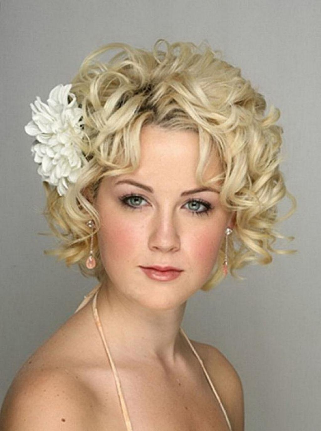 Newest Cute Wedding Guest Hairstyles For Short Hair In Wedding Hairstyles Ideas: Curly Ends Bob Short Hairstyles For (View 12 of 15)