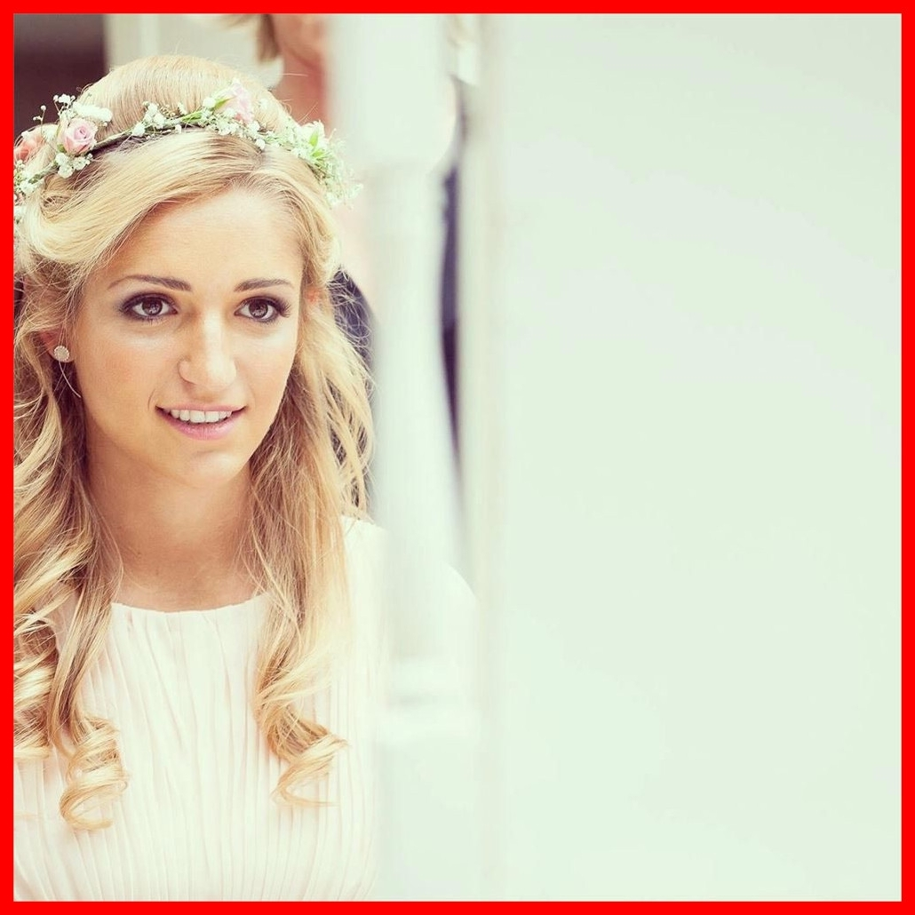 Newest Half Up Half Down With Flower Wedding Hairstyles With Amazing Half Up Down Wedding Hairstyles Inspiration And Ideas Image (View 10 of 15)
