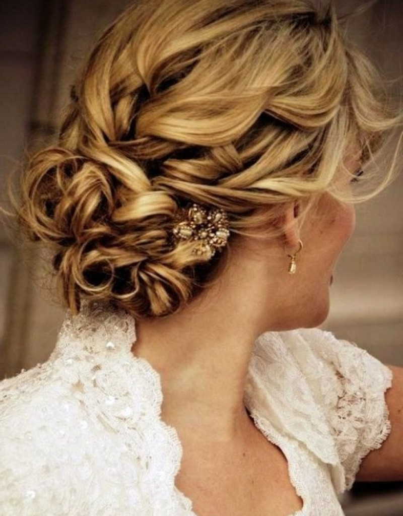 Newest Wedding Hairstyles For Bridesmaids With Medium Length Hair Pertaining To Wedding Bridesmaid Hairstyles For Medium Length Hair – Hollywood (View 9 of 15)