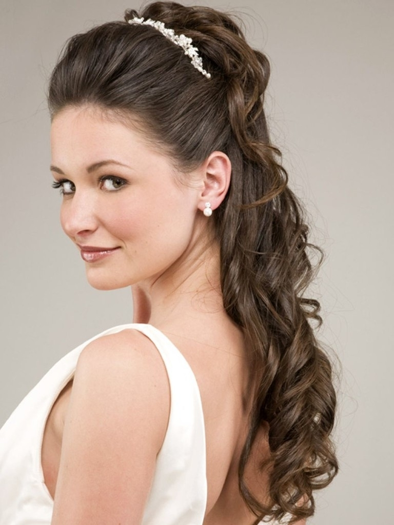 Newest Wedding Hairstyles For Long Hair And Strapless Dress Throughout Wedding Hairstyles For Long Hair And Strapless Dress Svapop (View 9 of 15)