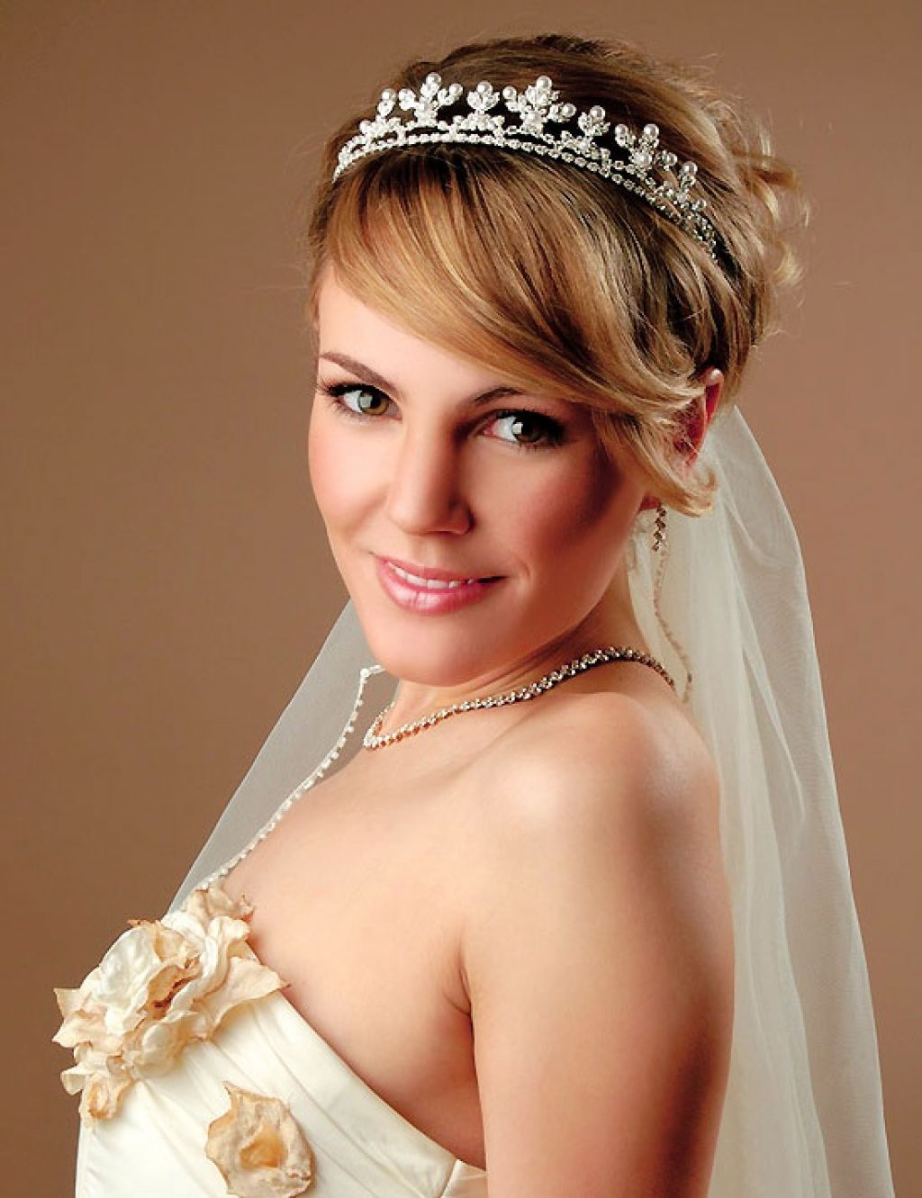 Newest Wedding Hairstyles For Short Hair With Bangs Pertaining To Hairstyles : Wedding Hairstyles For Short Hair With Bangs Best (View 12 of 15)