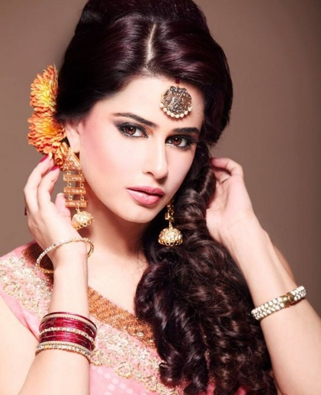 Pakistani Wedding Hairstyles For Long Hair Top Stock Photos Hd Regarding Most Recent Pakistani Wedding Hairstyles (View 10 of 15)