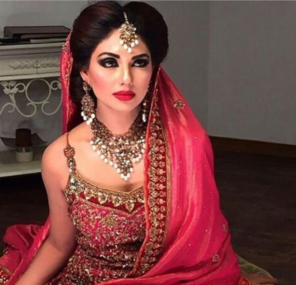Pakistani Wedding Hairstyles For Short Hair – Top Pakistan With Regard To Well Known Asian Bridal Hairstyles For Short Hair (View 5 of 15)