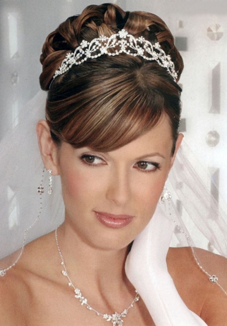 Photo: Wedding Hairstyles For Short Hair With Tiara And Veil Tiara Within Most Up To Date Wedding Hairstyles For Short Hair With Tiara (View 7 of 15)