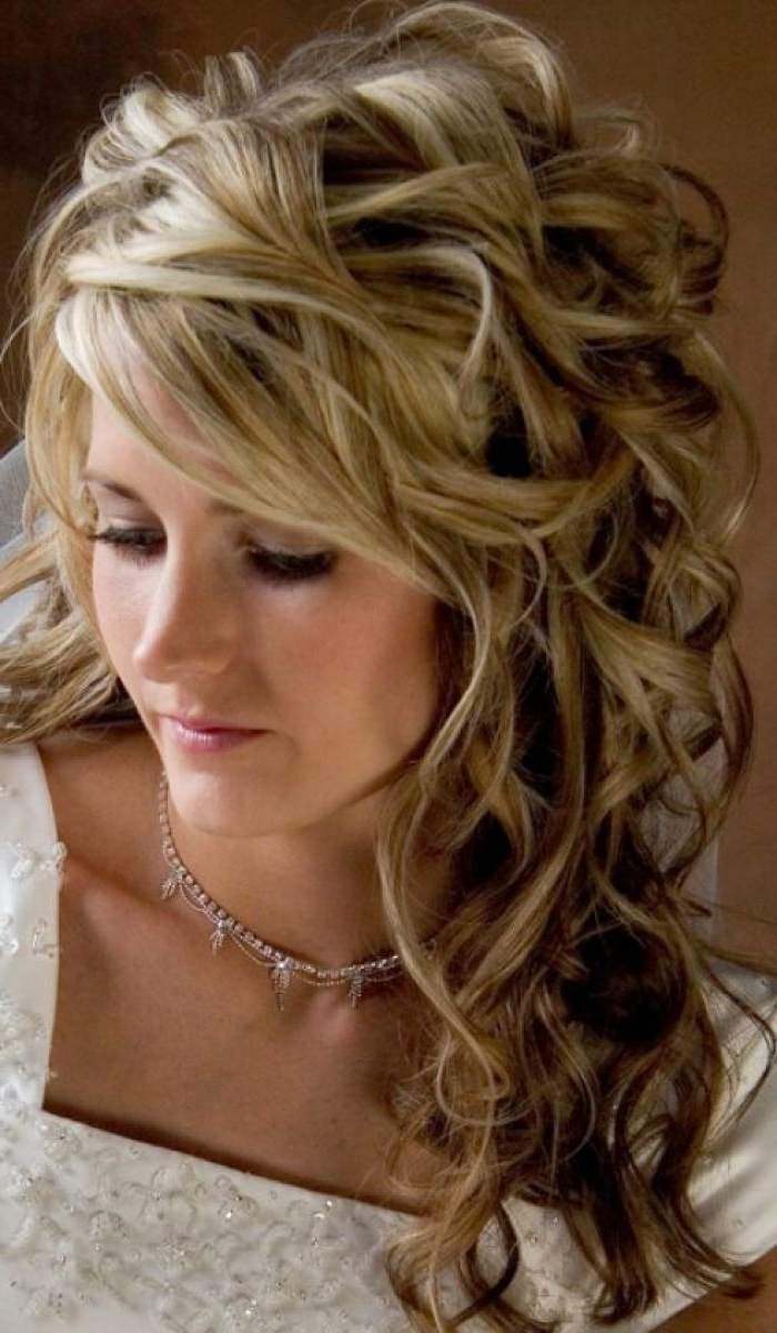 Pictures Of Wedding Hairstyles For Long Hair Down Curls 2015 In Current Wedding Hairstyles For Long Down Curls Hair (View 12 of 15)