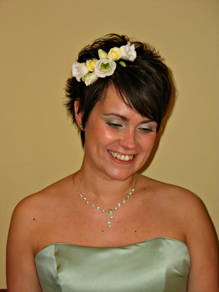 Popular Wedding Hairstyles For Bridesmaids With Short Hair With Hairstyles For A Wedding Bridesmaid With Short Hair – Bridesmaid (View 10 of 15)