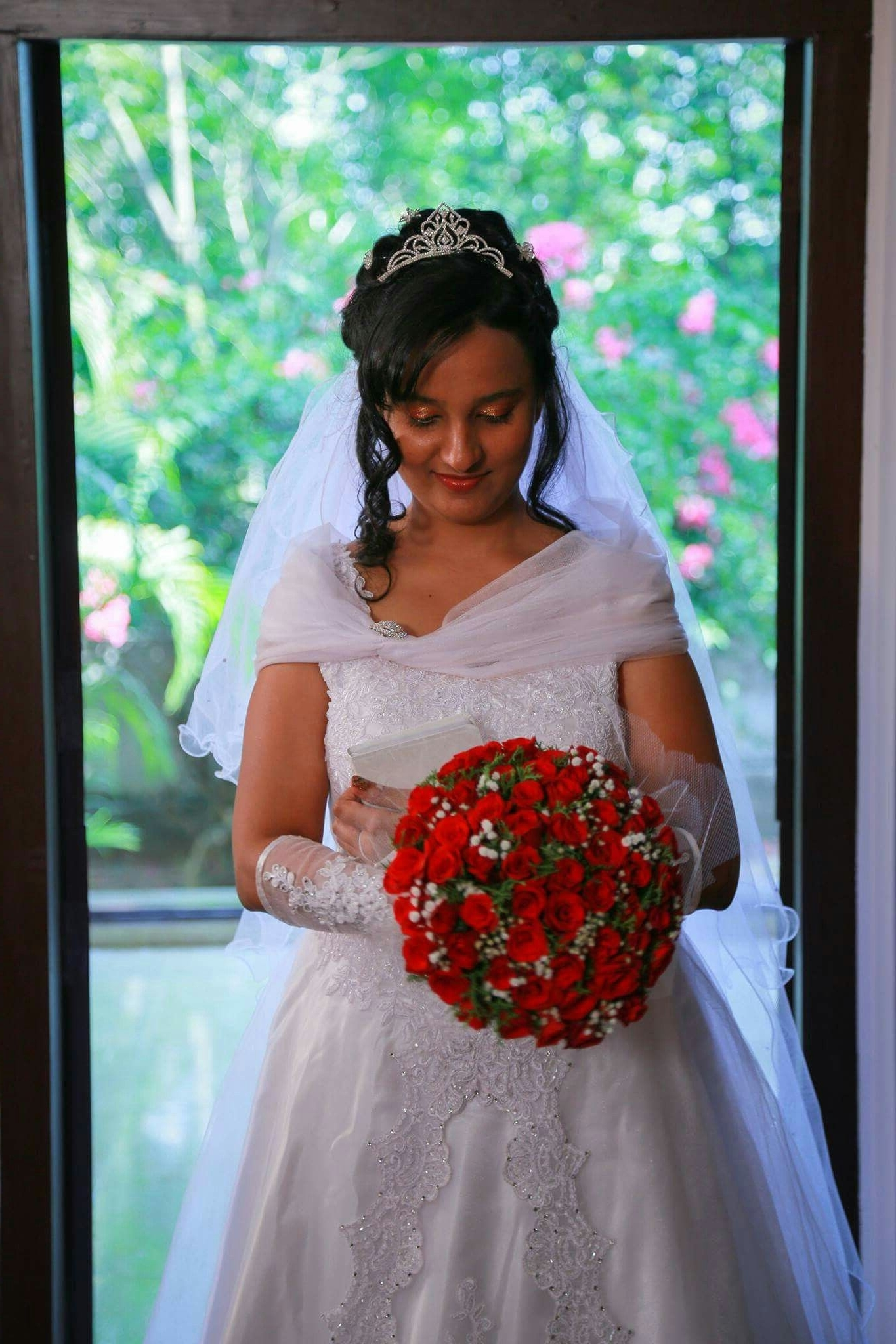15 Ideas of Wedding Hairstyles For Kerala Christian Brides