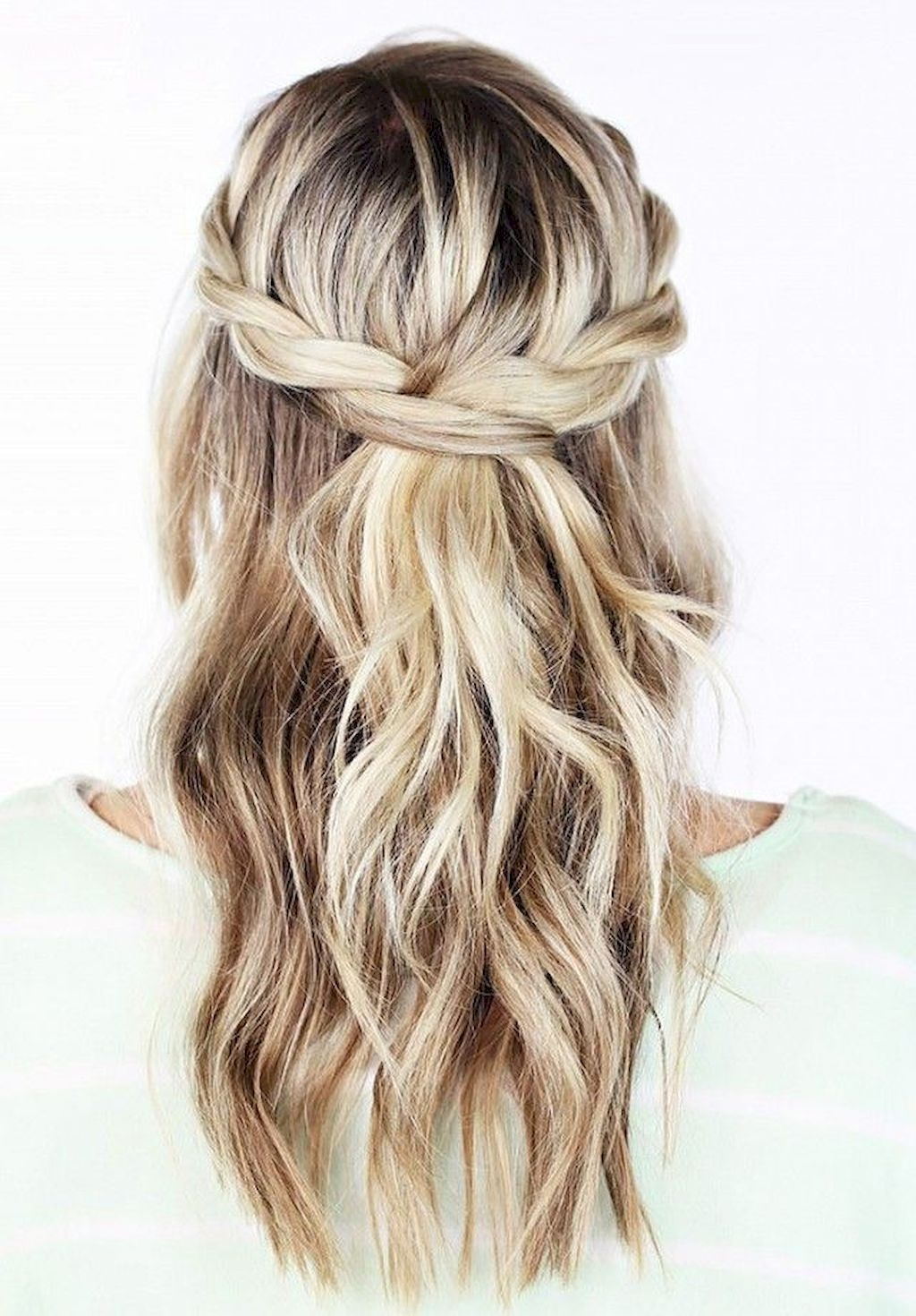 Popular Wedding Hairstyles For Long Layered Hair Pertaining To Cool 96 Bridal Wedding Hairstyles For Long Hair That Will Inspire (View 9 of 15)