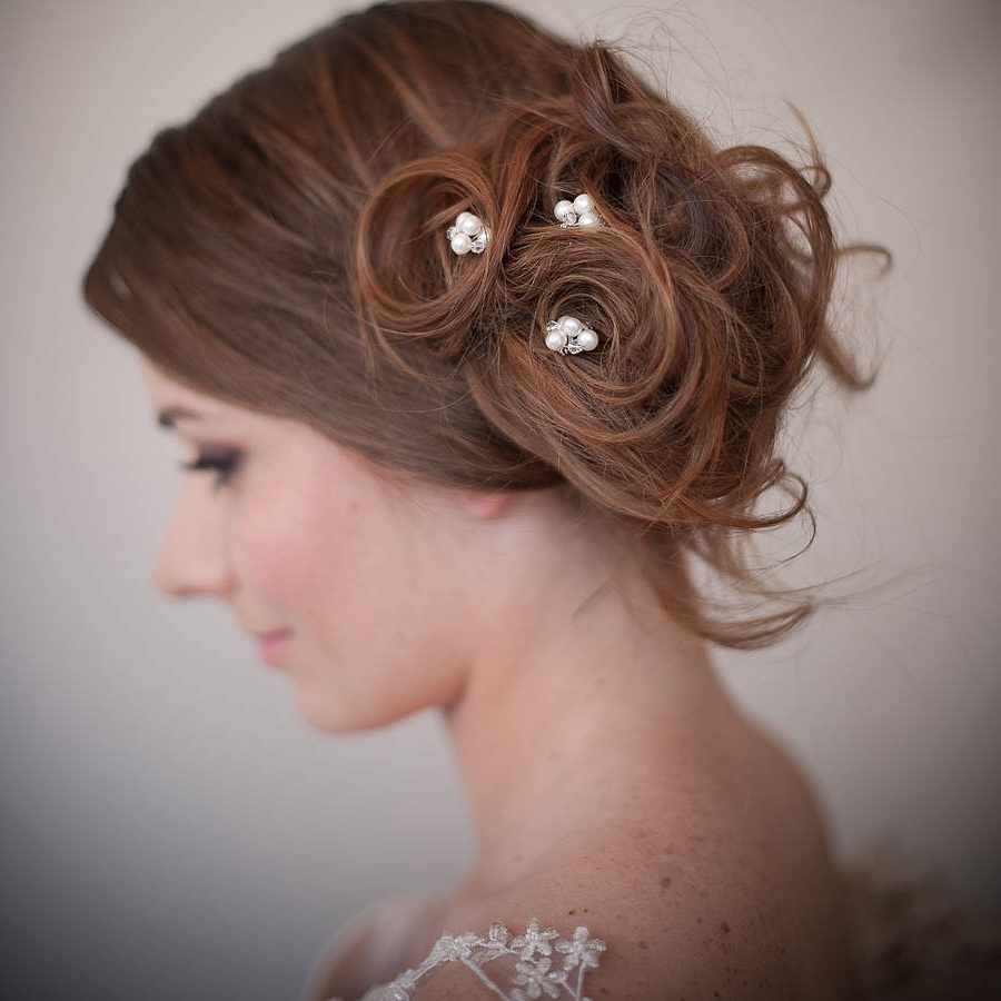 Popular Wedding Hairstyles With Jewels Regarding Majestic Bridal Hair Accessories How To Choose Bridal Hair How To Do (View 10 of 15)