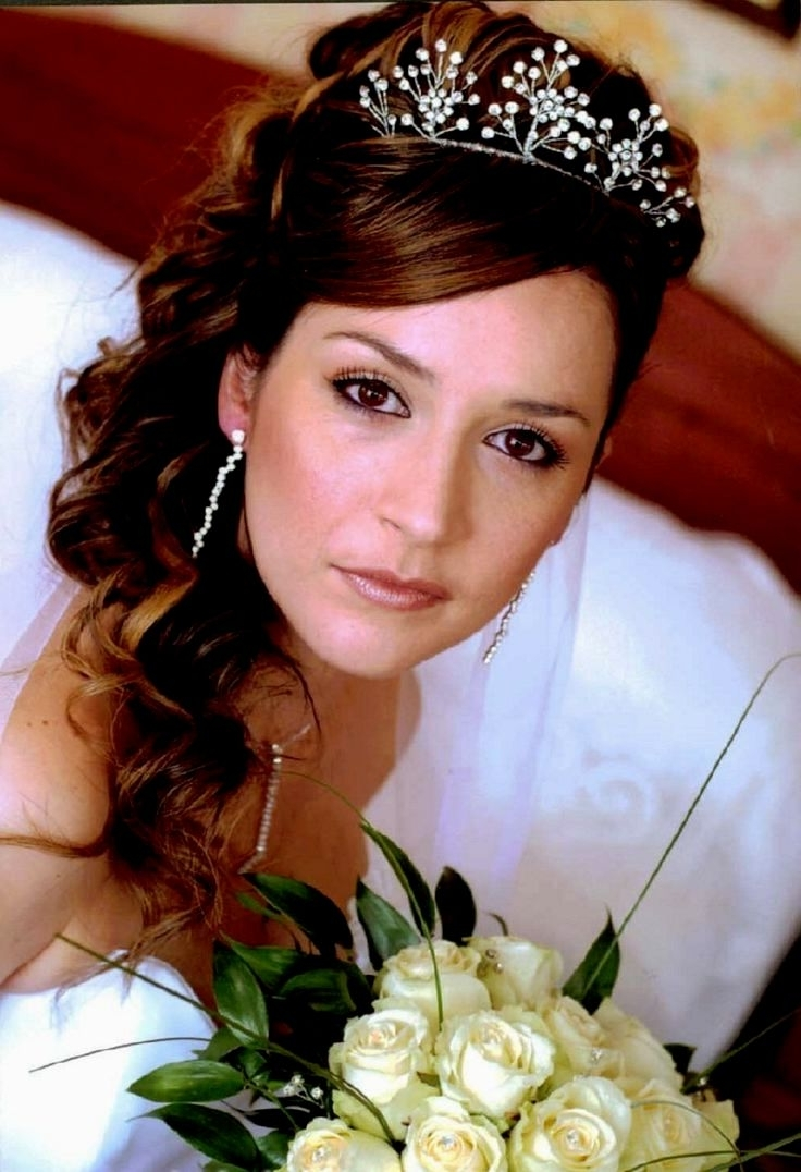 Preferred Wedding Hairstyles For Round Faces Within Bridal Hairstyles Round Face (View 13 of 15)