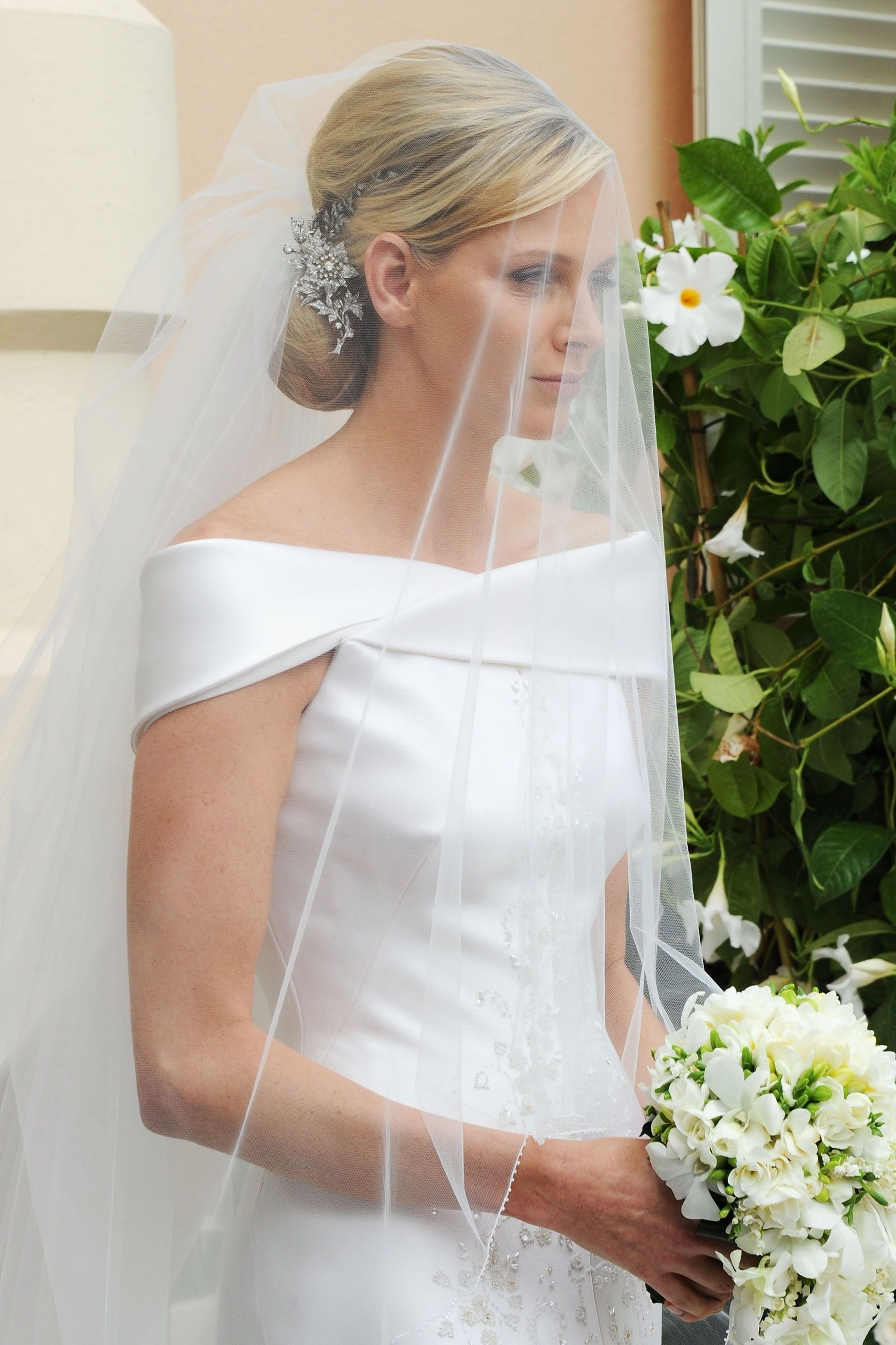 Preferred Wedding Hairstyles With Veil Over Face Intended For 16 Best Wedding Hairstyles For Short And Long Hair 2018 – Romantic (View 10 of 17)