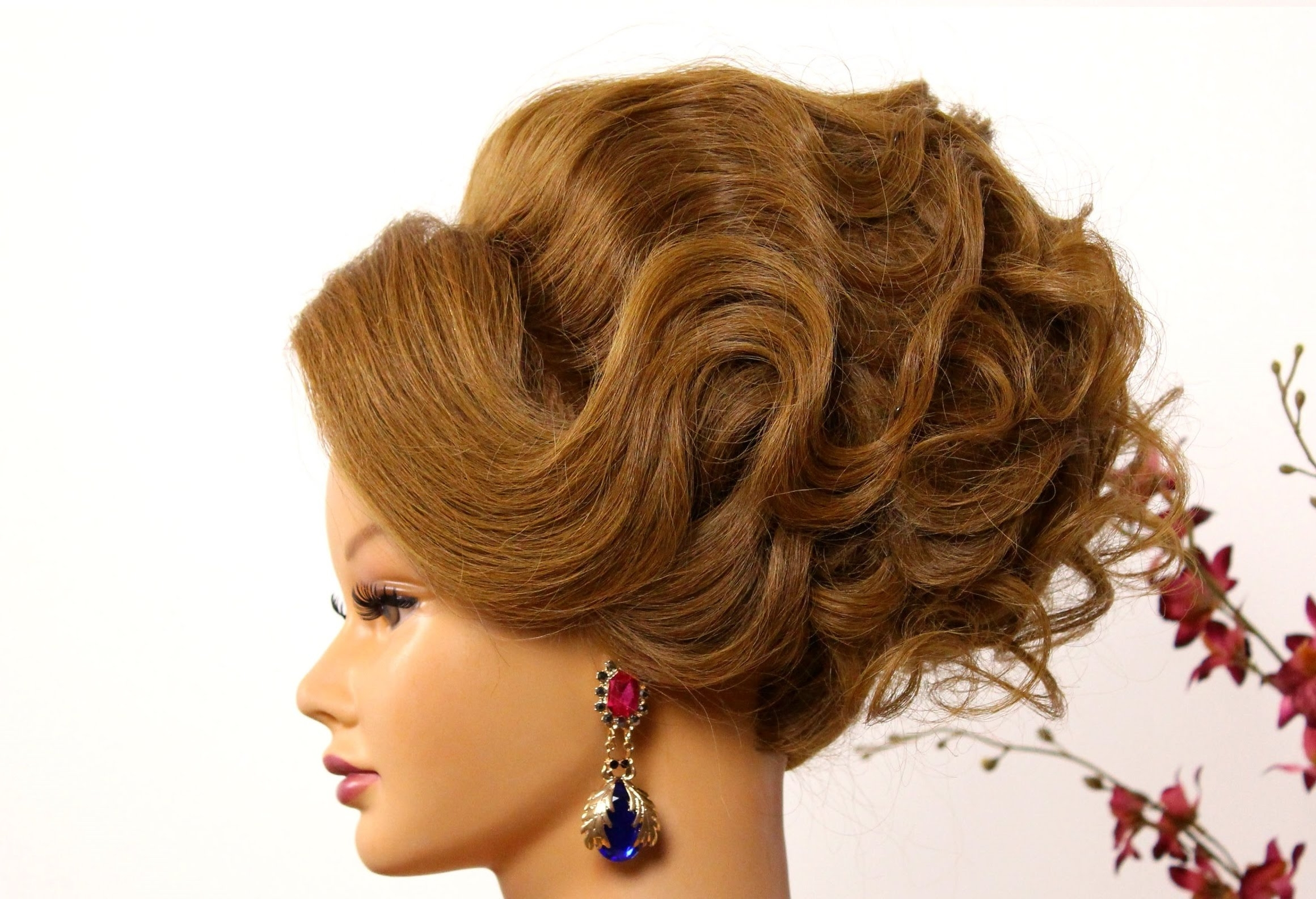 Recent Arabic Wedding Hairstyles Regarding Bridal Updo (View 13 of 15)