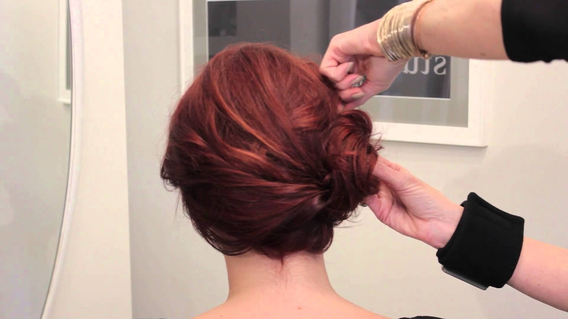 Recent Buns To The Side Wedding Hairstyles For Wedding Hairstyles With Side Buns : Fashionable Wedding Hairstyles (View 5 of 15)
