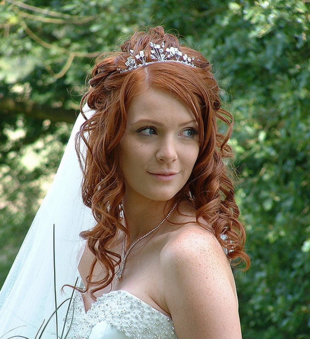 Red Hair Curly Bridal Hairstyle With Veil Inspiration – Popular Long Within Well Known Wedding Hairstyles For Long Red Hair (View 13 of 15)