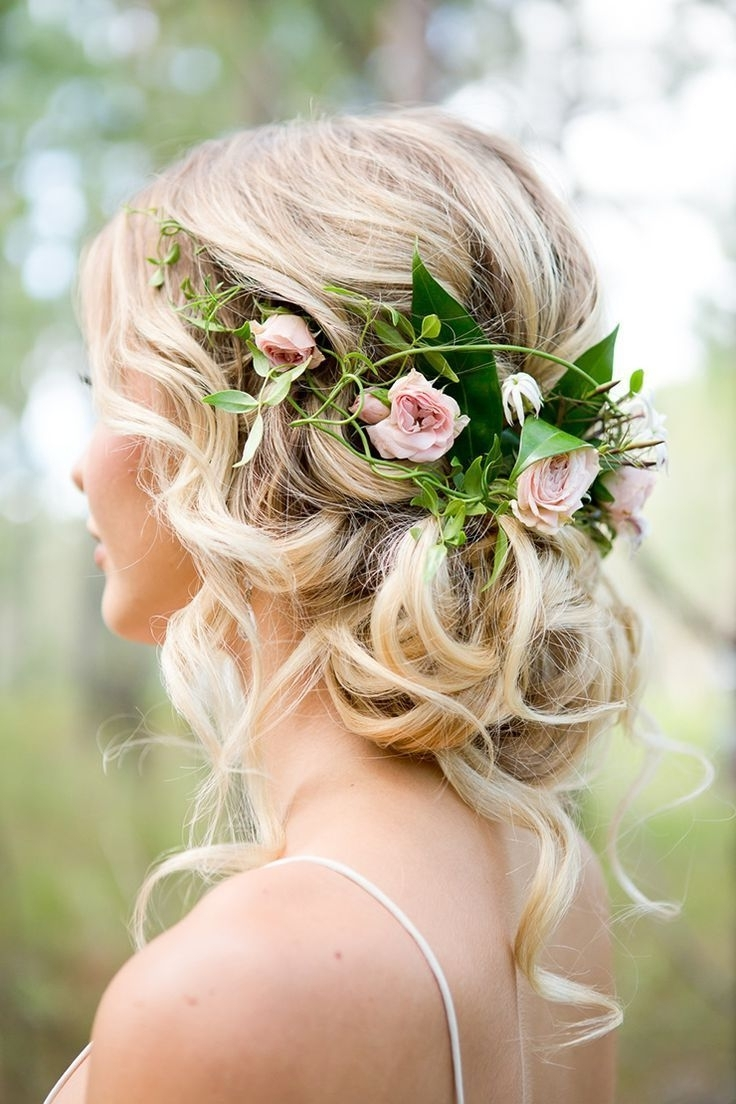Featured Photo of Rustic Wedding Hairstyles