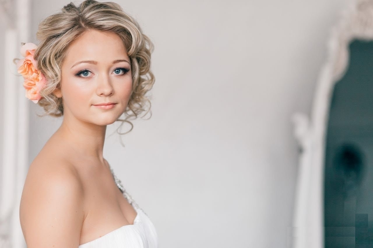 Short Wedding Hairstyles For Popular Short Wedding Hairstyles (View 3 of 15)