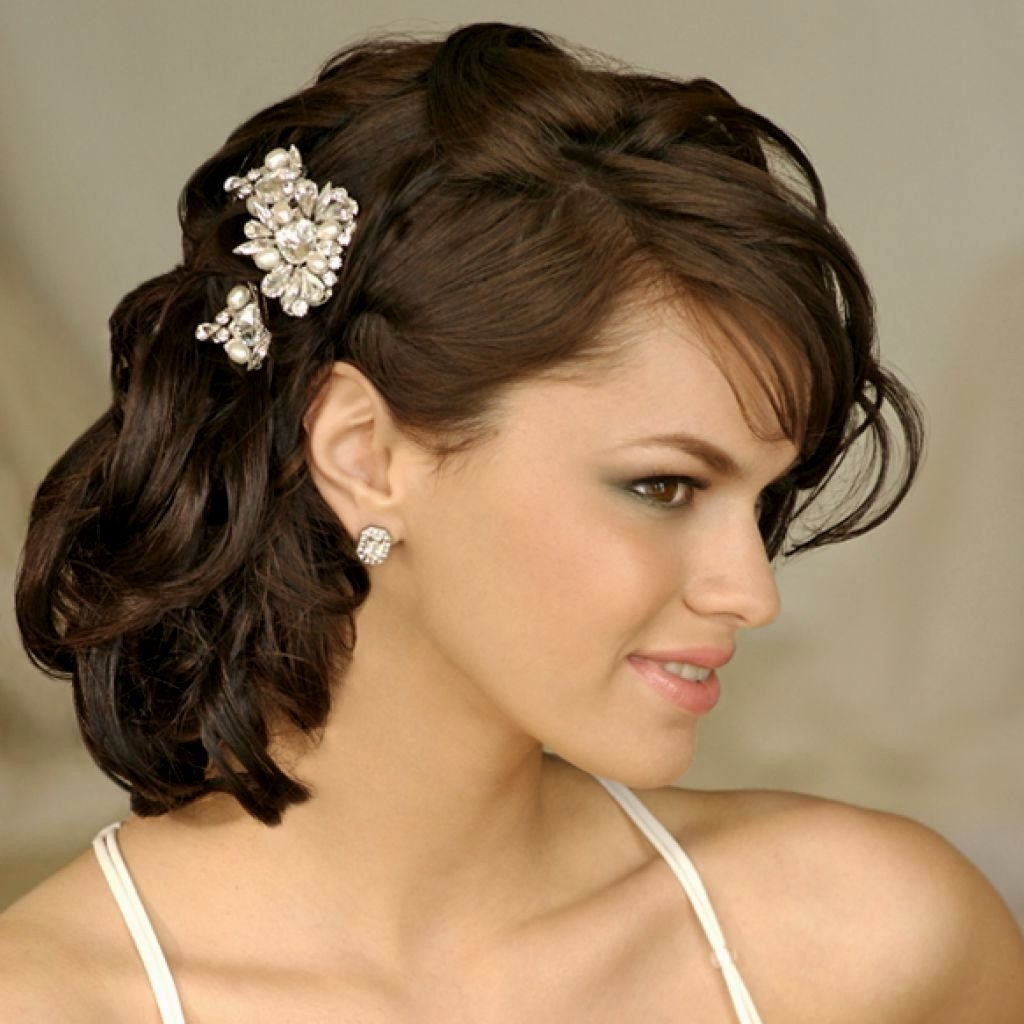 Shoulder Length Wedding Hairstyles Vintage (View 15 of 15)