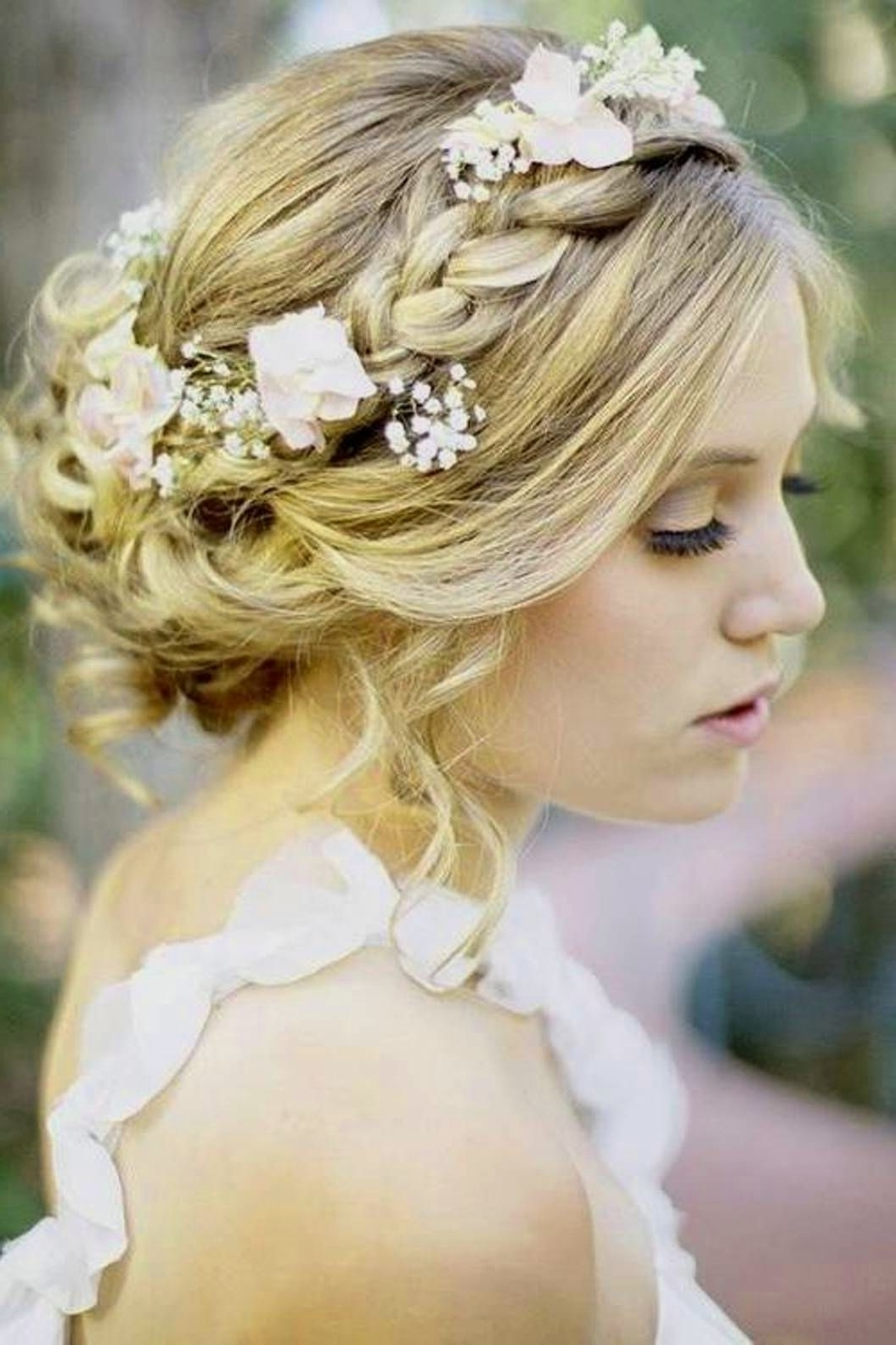 Simple Bridal Hairstyles For Medium Length Hair – The Newest Hairstyles Pertaining To Most Popular Elegant Wedding Hairstyles For Shoulder Length Hair (View 11 of 15)