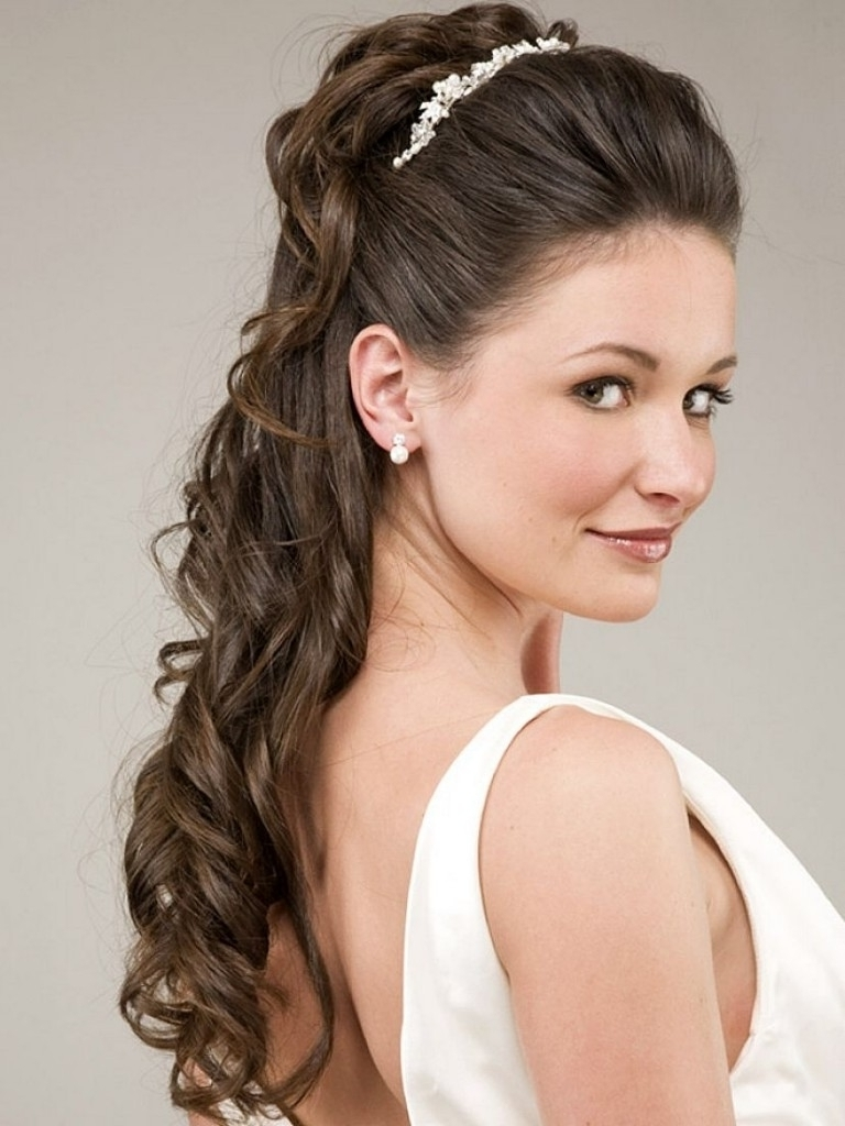 Photo Gallery Of Wedding Hairstyles For Straight Hair Viewing 2 Of