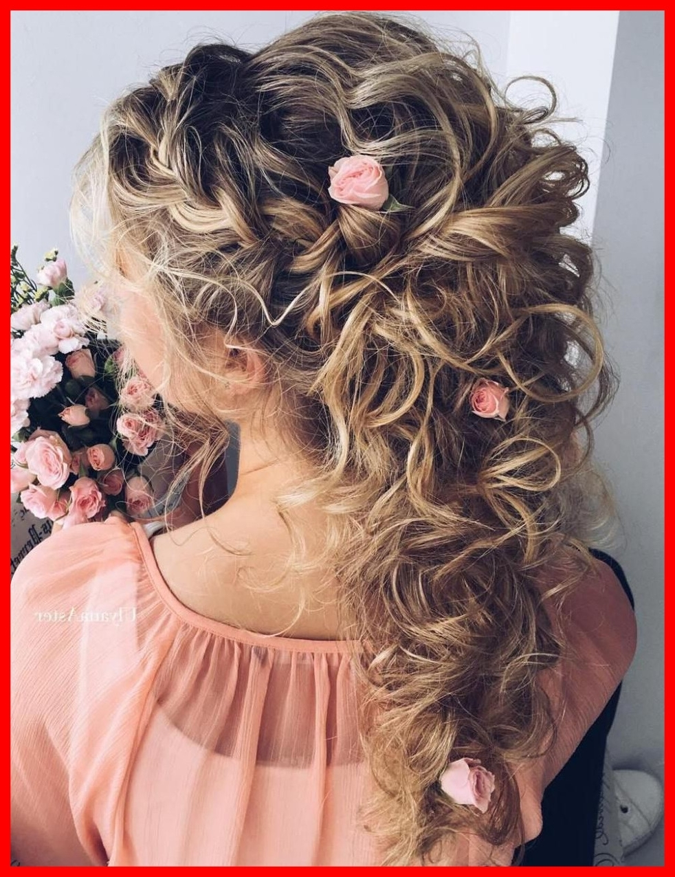 The Best Soft And Sweet Curly Wedding Hairstyles Half Updo Of Hair Regarding Widely Used Half Updo Wedding Hairstyles (View 14 of 15)