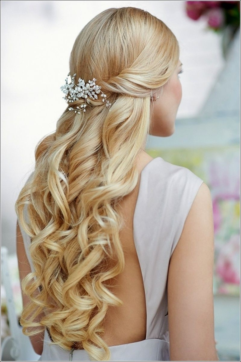 Trendy Cute Wedding Hairstyles For Bridesmaids With Regard To Wedding Hairstyle Down Curly Easy Bridesmaid Hairstyles Down Easy (View 3 of 15)