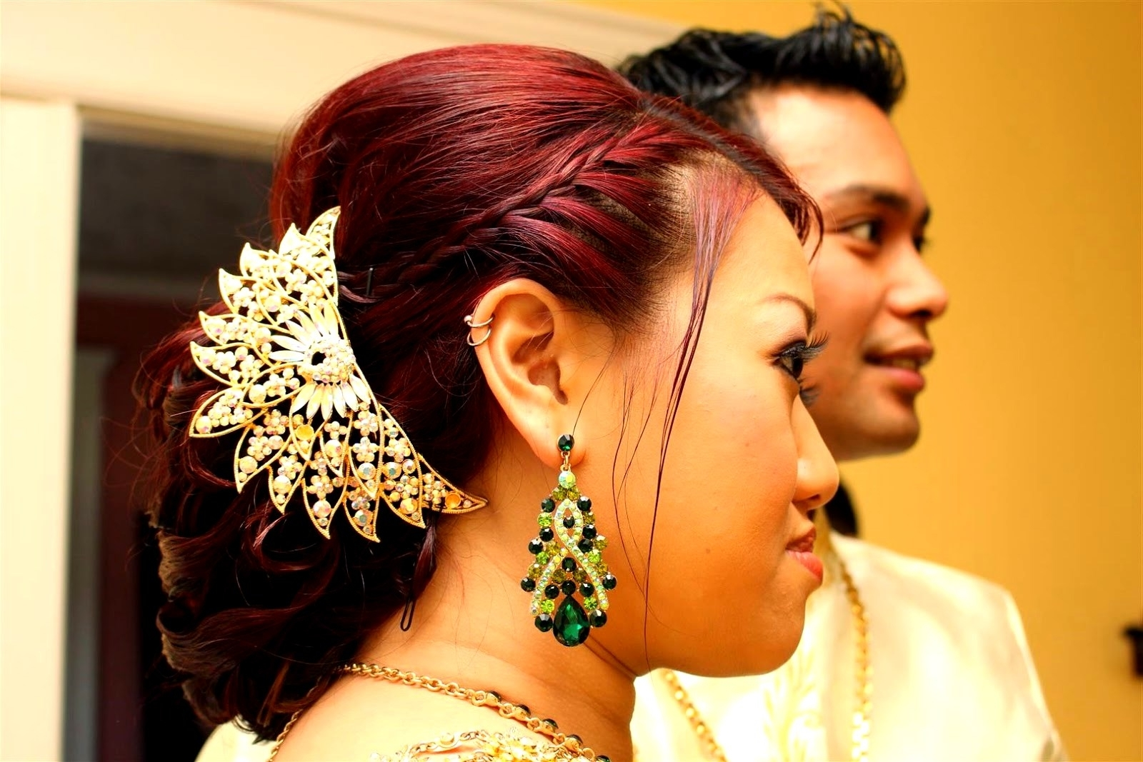 Trendy Khmer Wedding Hairstyles Intended For Here Cambodian Wedding Hairstyles (View 14 of 15)