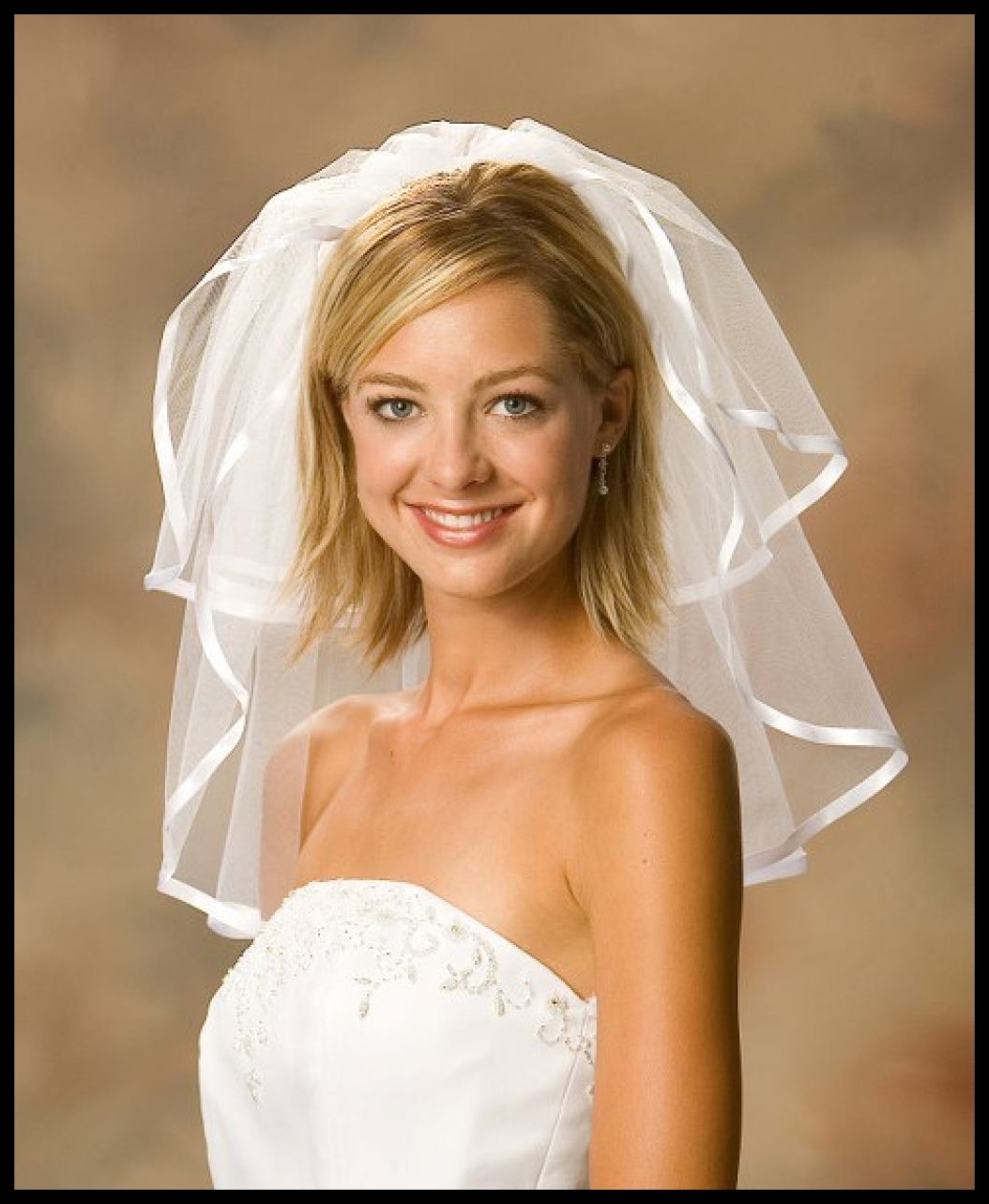 Unbelievable Hairstyls For Short Hair With Vil Inspirational Wedding Pertaining To Recent Wedding Hairstyles For Short Hair With Veil (View 11 of 15)