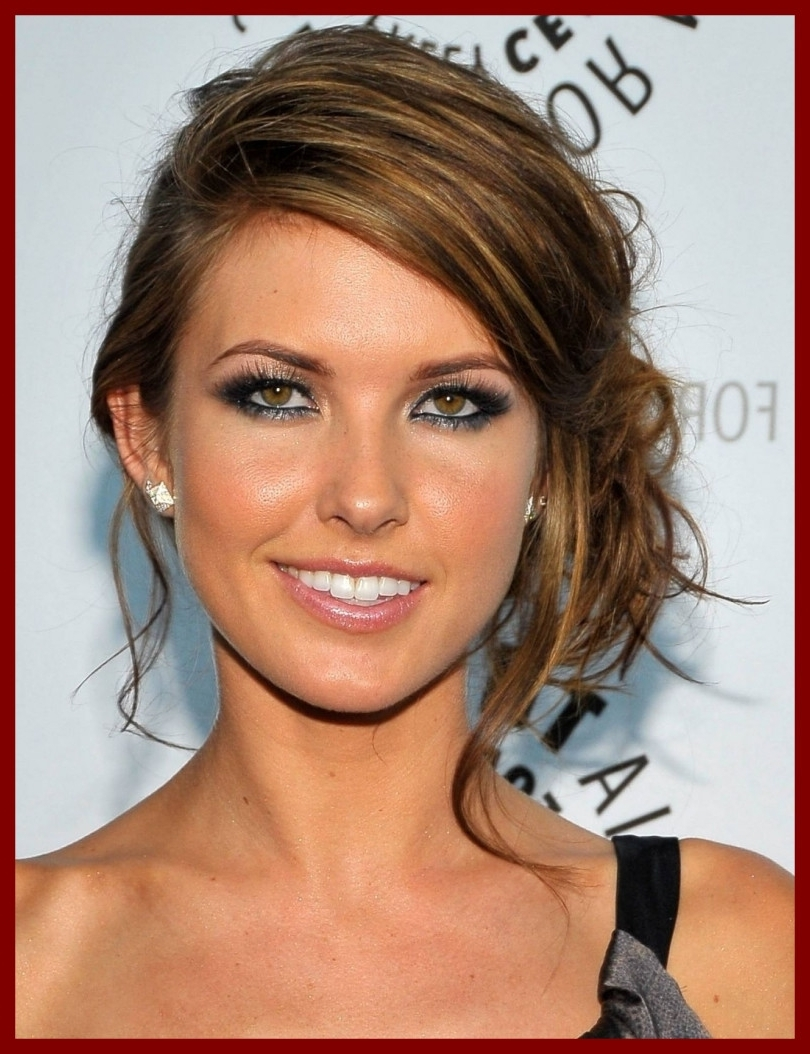 Unbelievable Side Bun Updo Messy Women Hairstyle Ware Picture Of Inside Current Buns To The Side Wedding Hairstyles (Gallery 15 of 15)