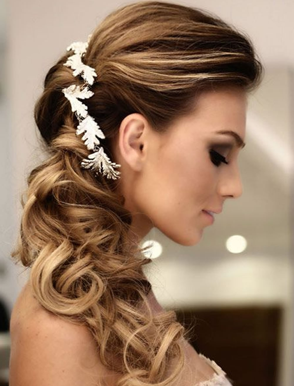 Very Stylish Wedding Hairstyles For Long Hair 2018 2019 – Hairstyles With Regard To Famous Long Wedding Hairstyles (View 13 of 15)