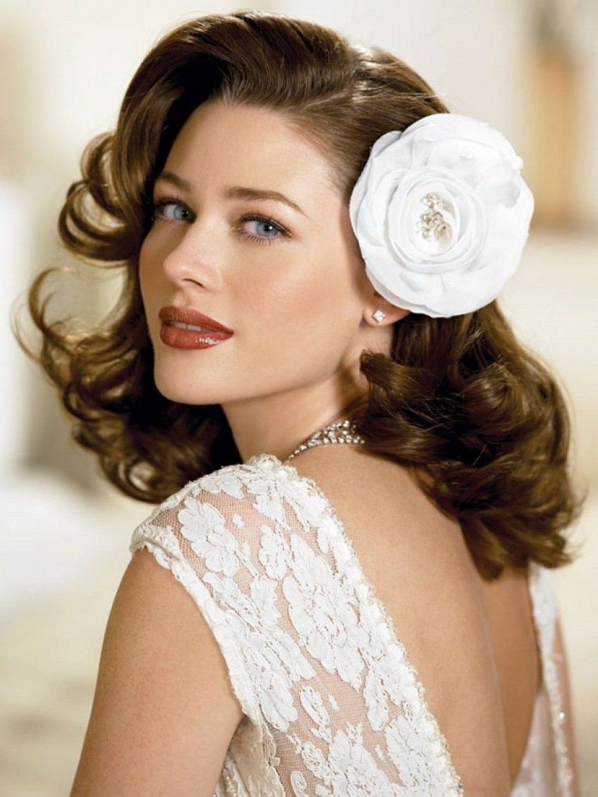 Vintage Wedding Hairstyles For Curly Hair (View 12 of 15)
