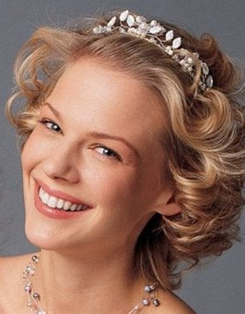 Vintage Wedding Hairstyles For Medium Length Hair Vintage Bridal Intended For 2018 Bridal Hairstyles For Short To Medium Length Hair (Gallery 6 of 15)