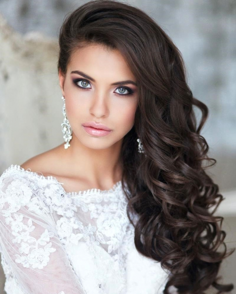 Wedding Curly Hair Side Best Wedding Side Hairstyles For Long Hair Pertaining To Recent Wedding Side Hairstyles (View 13 of 15)