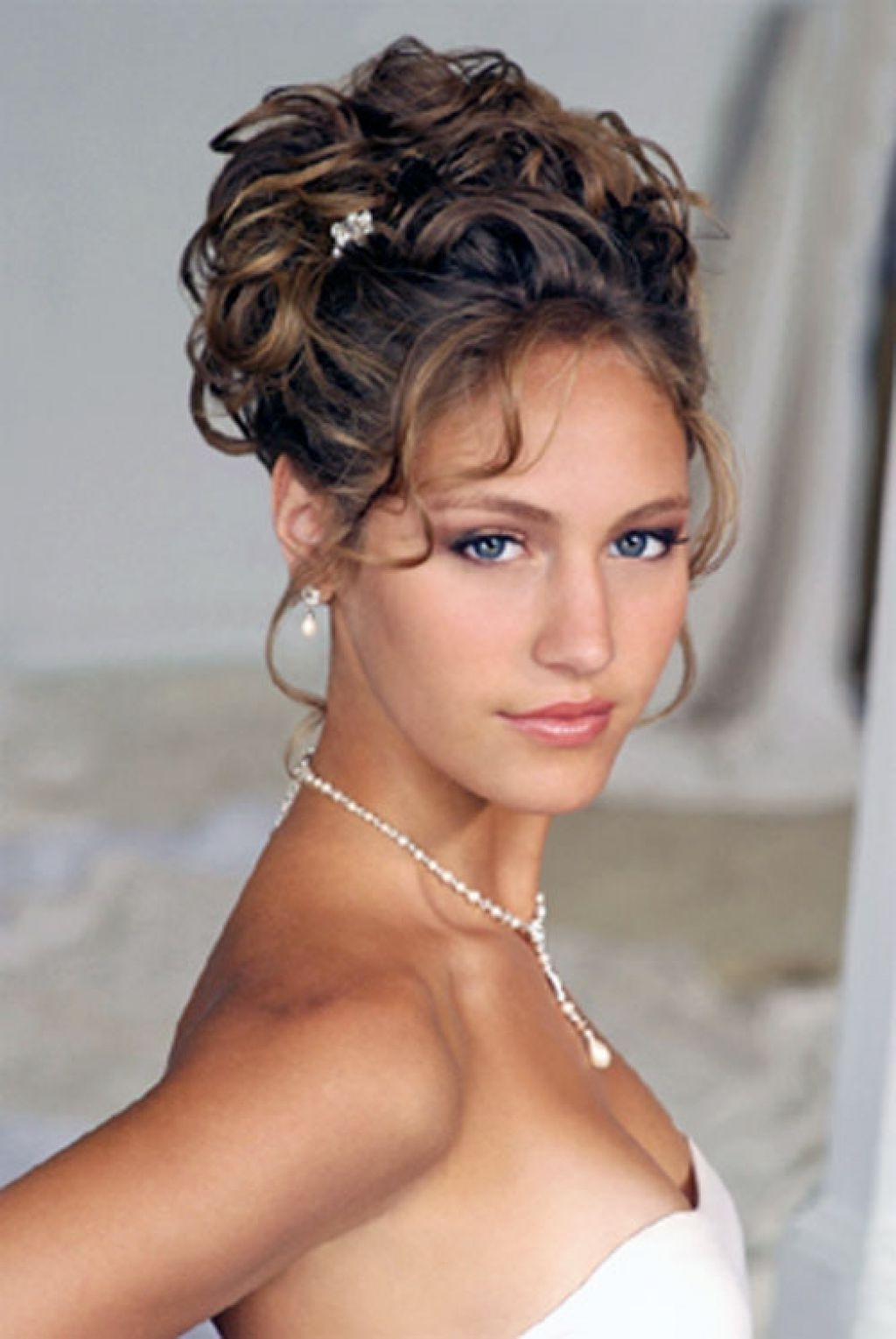 Wedding Hairstyle For Curly Medium Length Hair Side Updos For For Most Recently Released Wedding Hairstyles For Shoulder Length Curly Hair (View 3 of 15)